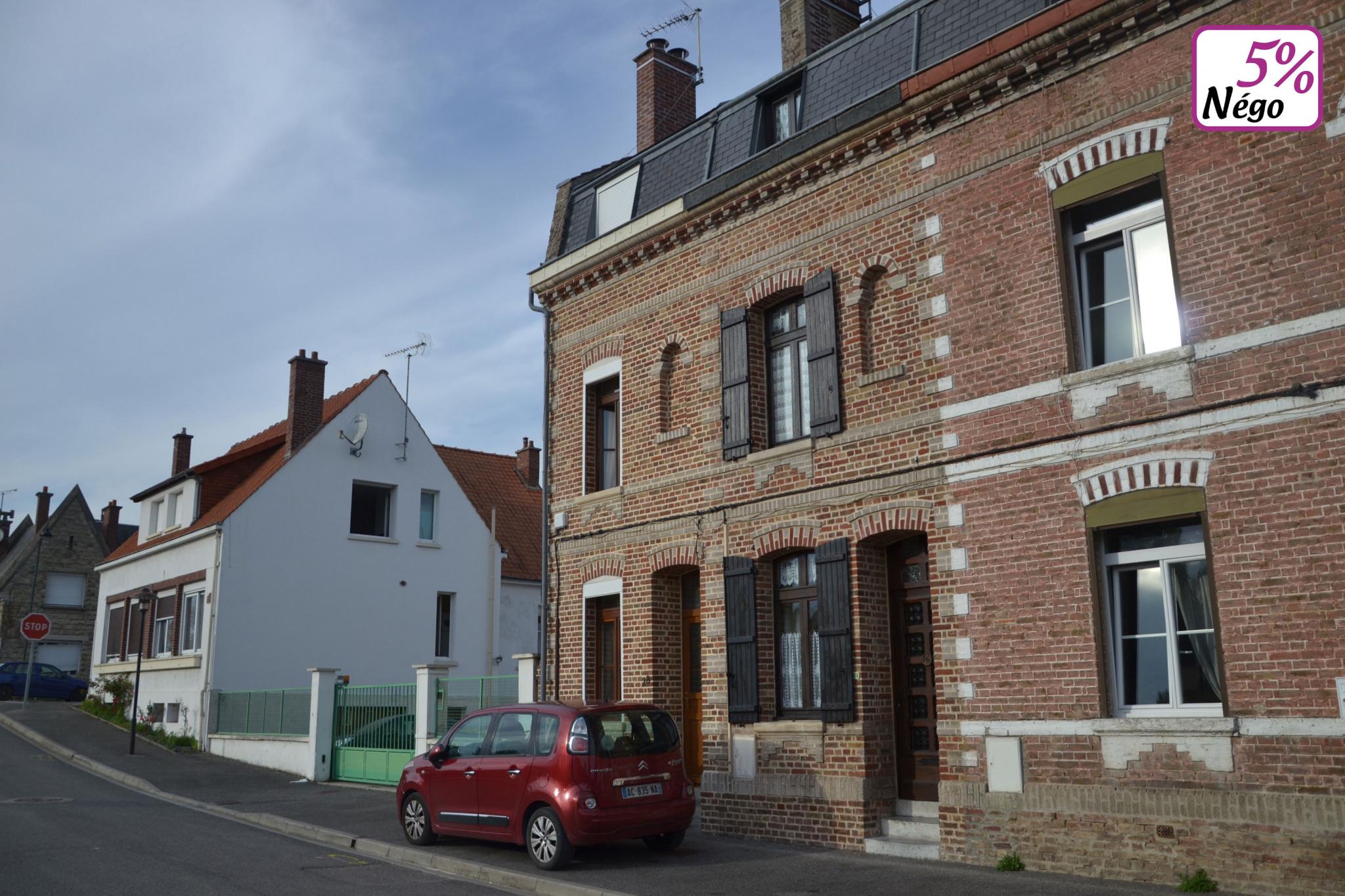 Maison type amiénoise 2 chambres à PIcquigny